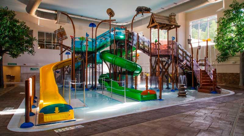 Orange Lake Resorts and IHG Open New Holiday Inn Express