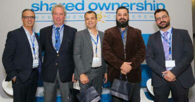 Participants in the Developer's Forum session during the 21st International Shared Ownership Investment Conference in São Paulo, Brazil. Pictured left to right: Marcos Agostini, Interval's executive vice president of global sales and business development; Roberto Rotter, executive director of Plaza Hotéis and Plaza Vacation Club; Jimmy Reile Nogueira, director of JRC Engenharia, developer of Five Senses Resort; Marcos Dantas Caldas, executive director of Grupo Hospedar; and Fernando Martinelli, Interval's executive director of business development for Brazil.
