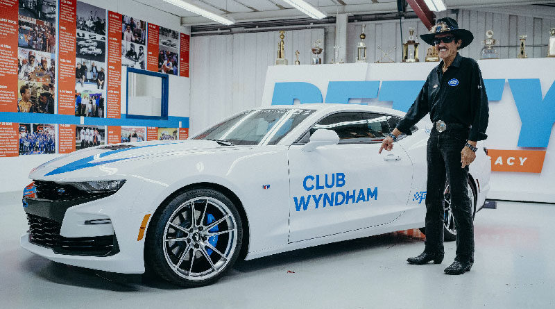 Petty's Garage sponsor Club Wyndham